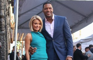 Kelly Ripa Michael Strahan drama small