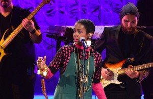Lauryn Hill Black Girls Rock 2016 thumb