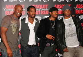 """Wayans brothers at work on """"White Chicks"""" sequel"""